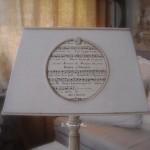 Abat jour forme pyramide drap blanc partition note musique ficelle lin decoration charme shabby chic gf