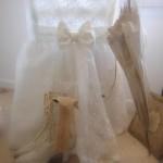 Chaise dentelle voile de mariée housse de chaise noeud et traine decoration de charme shabby chic décoration nordique voile blanc broderie fleur 2