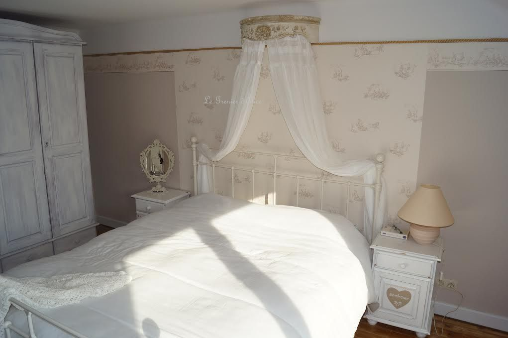 ciel de lit romantique et shabby chic le grenier d 39 alice. Black Bedroom Furniture Sets. Home Design Ideas