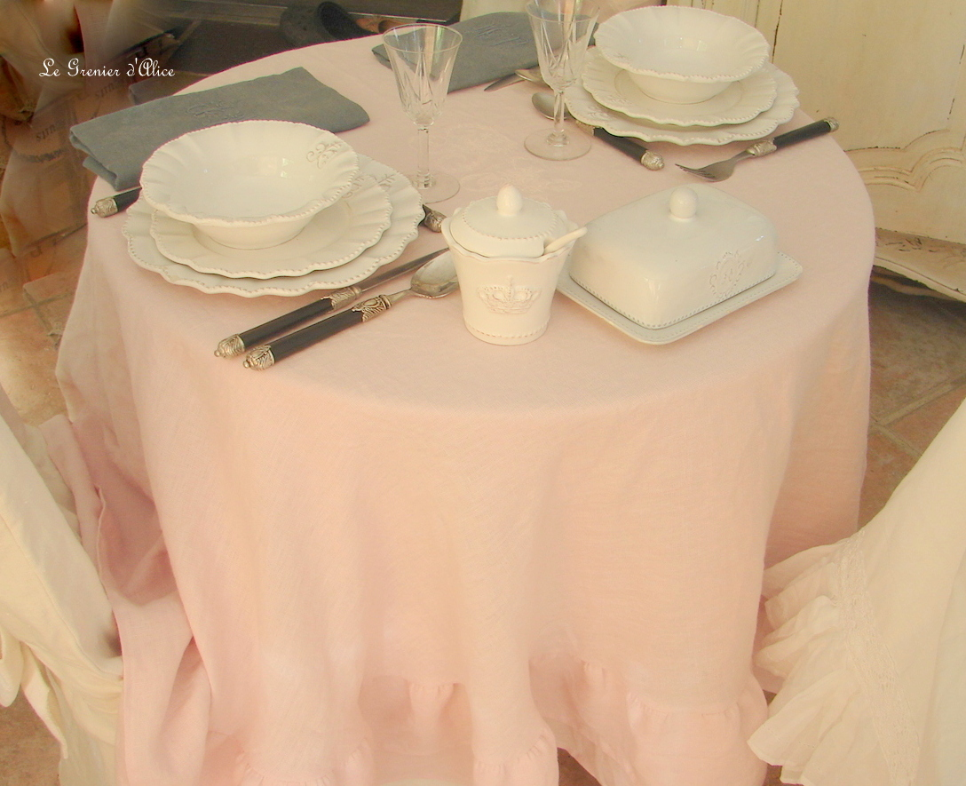 nappe ronde rose poudr lin stone washed broderie volant shabby chic decoration romantique. Black Bedroom Furniture Sets. Home Design Ideas