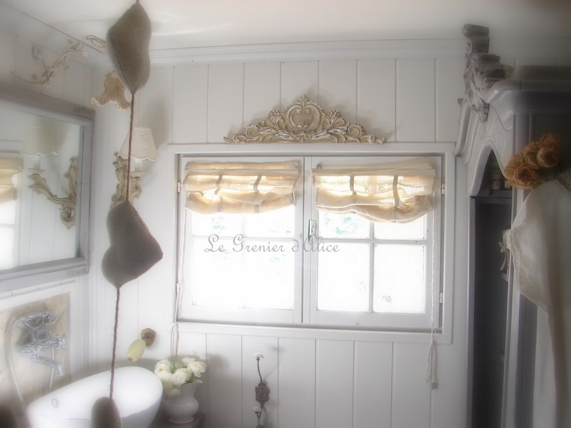 Salle de bains patine decoration de charme shabby le for Decoration de ma maison