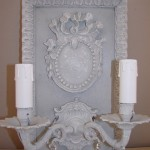 Applique patinée création originale ornement médaillon deux branches pampilles électrifiée décoration de charme boutique Le Grenier d'Alice 3 gf