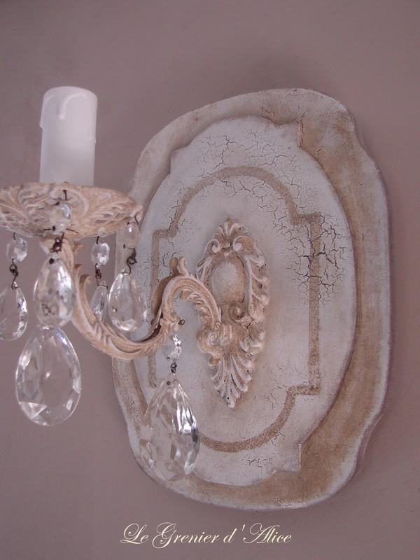 applique patin e effet craquel cr ation originale une branche lectrifi e d coration de charme. Black Bedroom Furniture Sets. Home Design Ideas