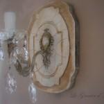applique-ancienne-patinee-pampilles-cristal-décoration-de-charme-ambiance-romantique-effet-craquele-shabby-chic