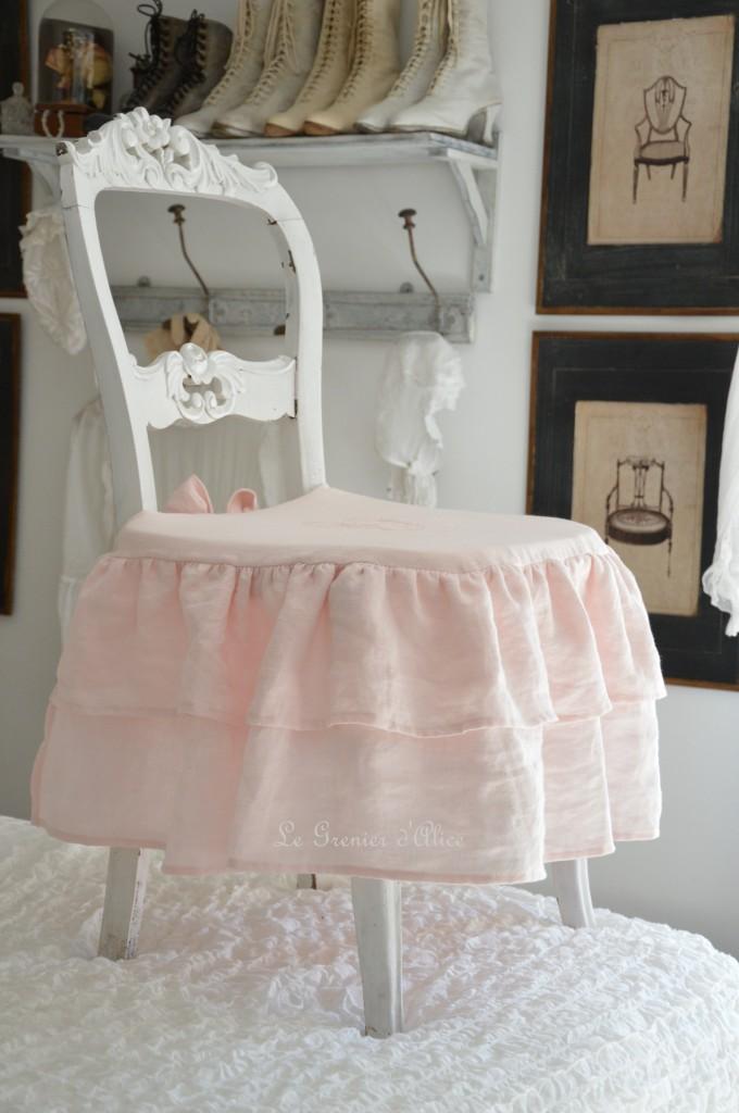 Galette de chaise shabby chic romantique charme housse de chaise lin stone washed lavé froissé rose poudré rose clair rose bonbon broderie machine 1