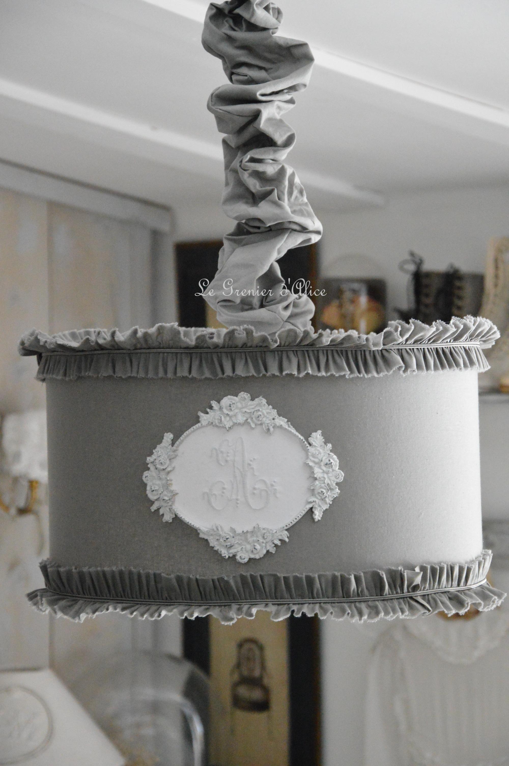 Suspension abat jour cylindrique teinte gris souris le grenier d 39 alice - Decoration de charme chic ...