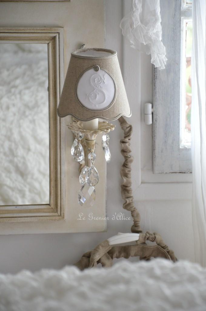 Abat jour lin abat jour shabby chic et romantique lampshade monogramme broderie machine lettre brodée
