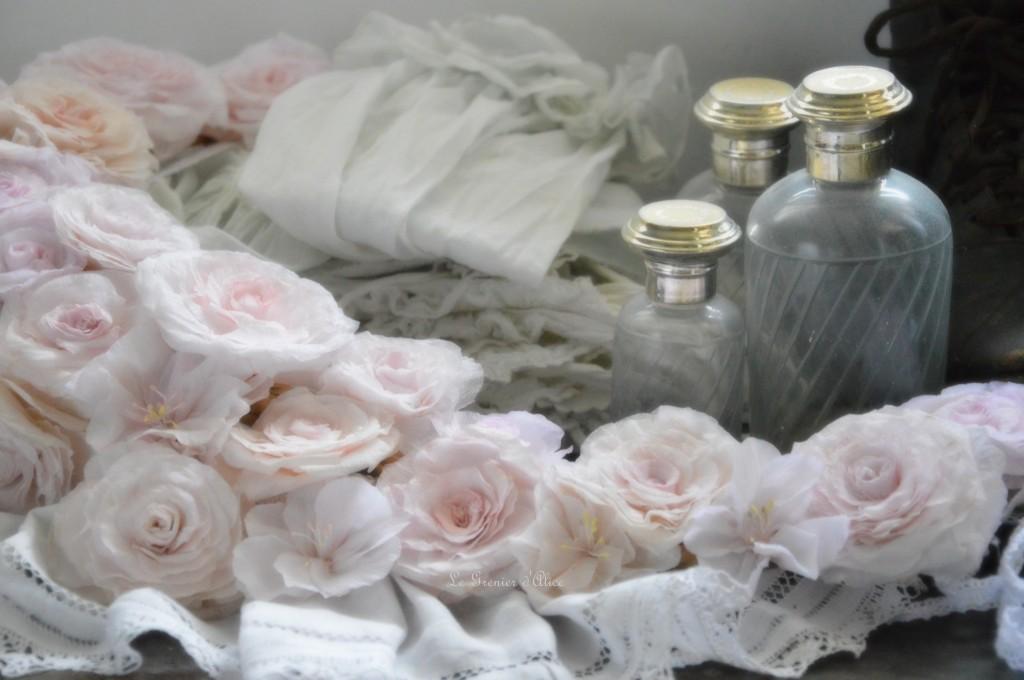 Couronne rose papier crépon rose peinte demi lune rose couronne shabby chic couronne fleur rose romantique et shabby chic romantic roses