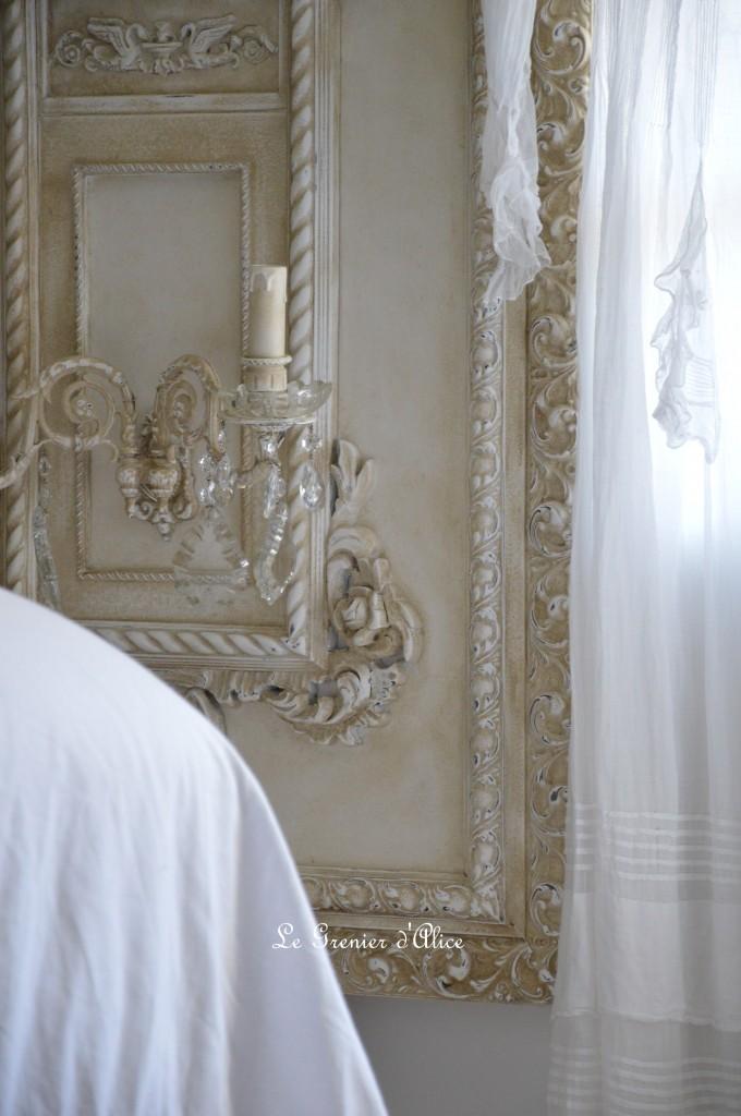 Grande applique patiné lin ornement moulure shabby chic romantique coupelle verre pampille cristal cadre sculpté creation le grenier dalice 1