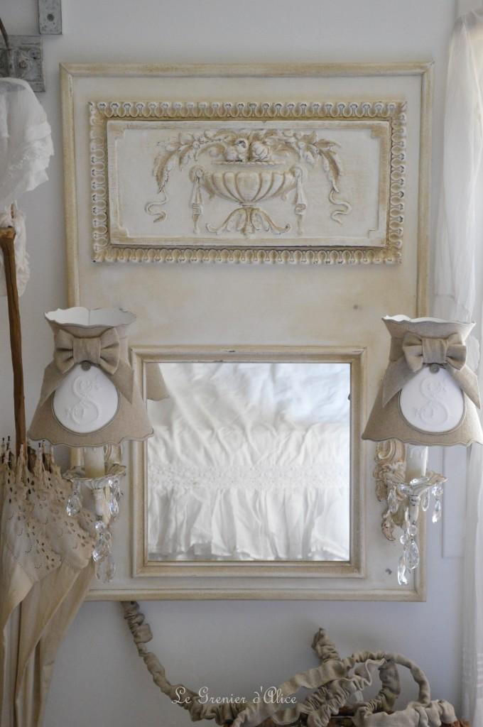 Miroir trumeau applique pampille cristal patiné patine lin abat jour romantique abat jour collerette forme gustavien lin  shabby chic and romantic lampshade