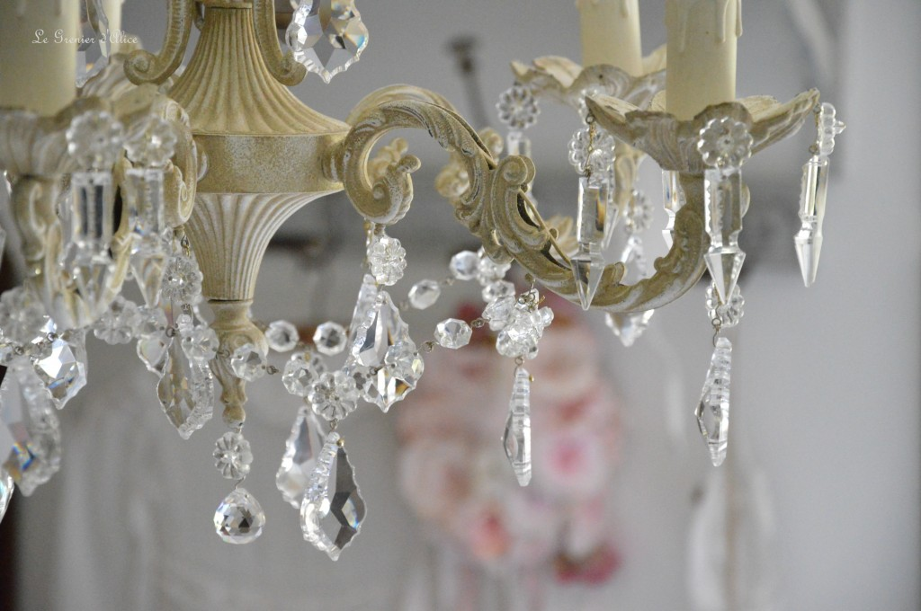 Lustre cinq branches patine lin lustre shabby chic lustre pampilles cristal lustre romantique boutique le grenier dalice 2