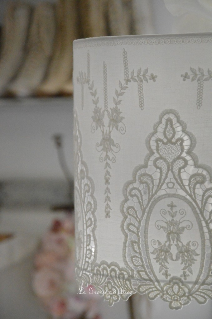 Suspension abat jour shabby chic romantique broderie dentelle blanche romantic lampshade french nordique inspiration french decor decoration de charme 2