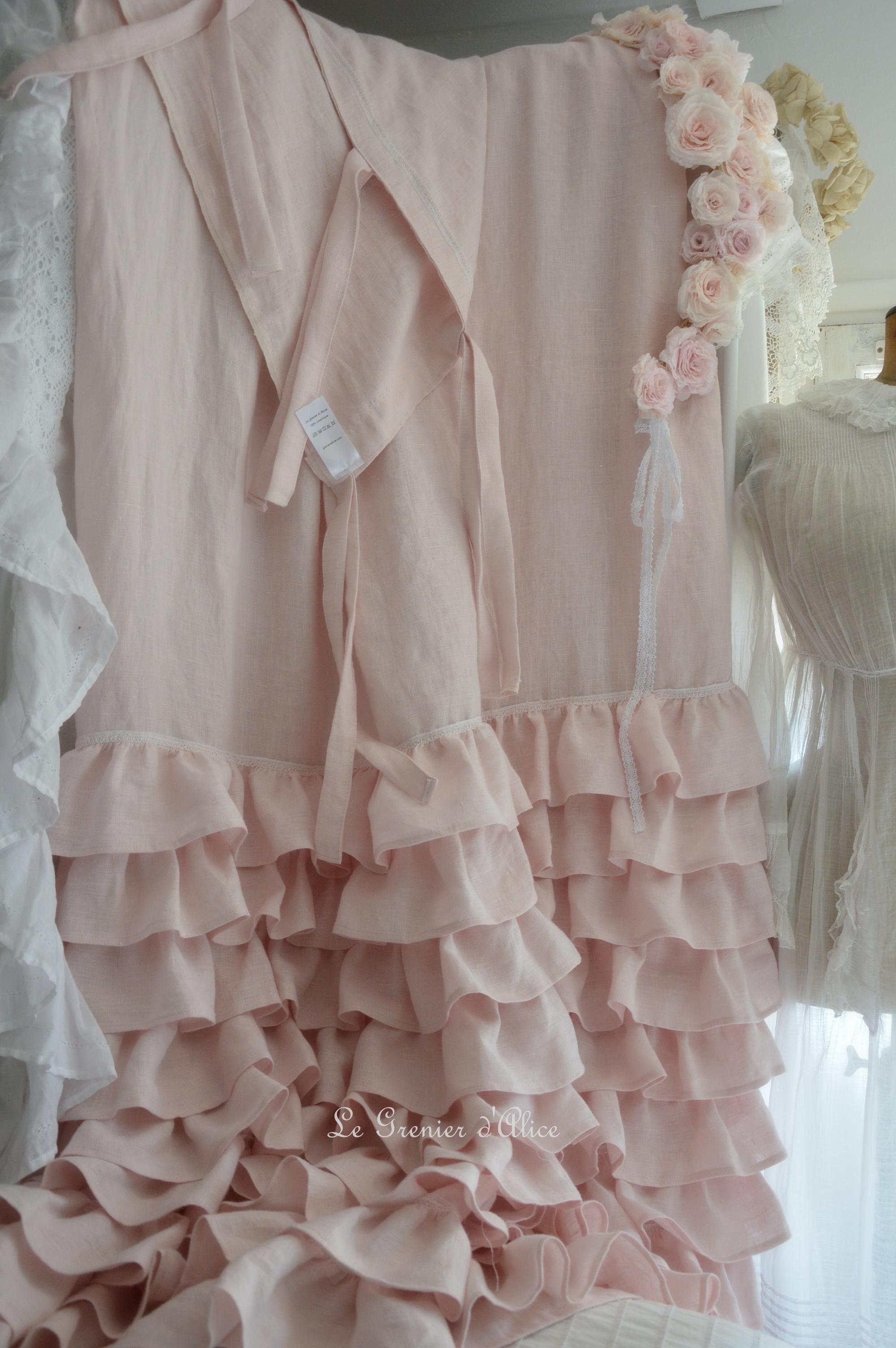 Rideau shabby froufrou rose poudr le grenier d 39 alice - Rideau dentelle romantique ...