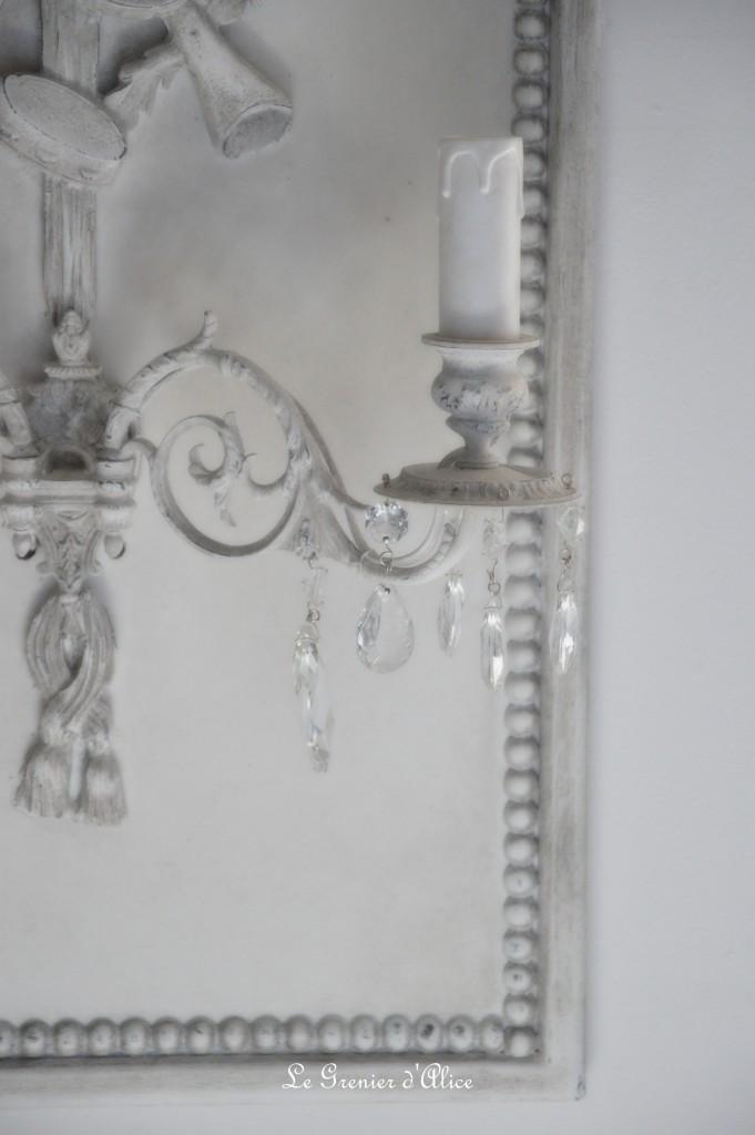 Applique shabby romantique de charme patine grise attribut de musique violon pampilles cristal applique piano applique ancienne applique à pampilles 1
