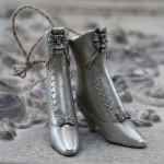 Bottine botte métal à suspendre style edwardien victorien edwardienne victorienne edwardian victorian silver boot shabby chic romantique suedois danois nordique
