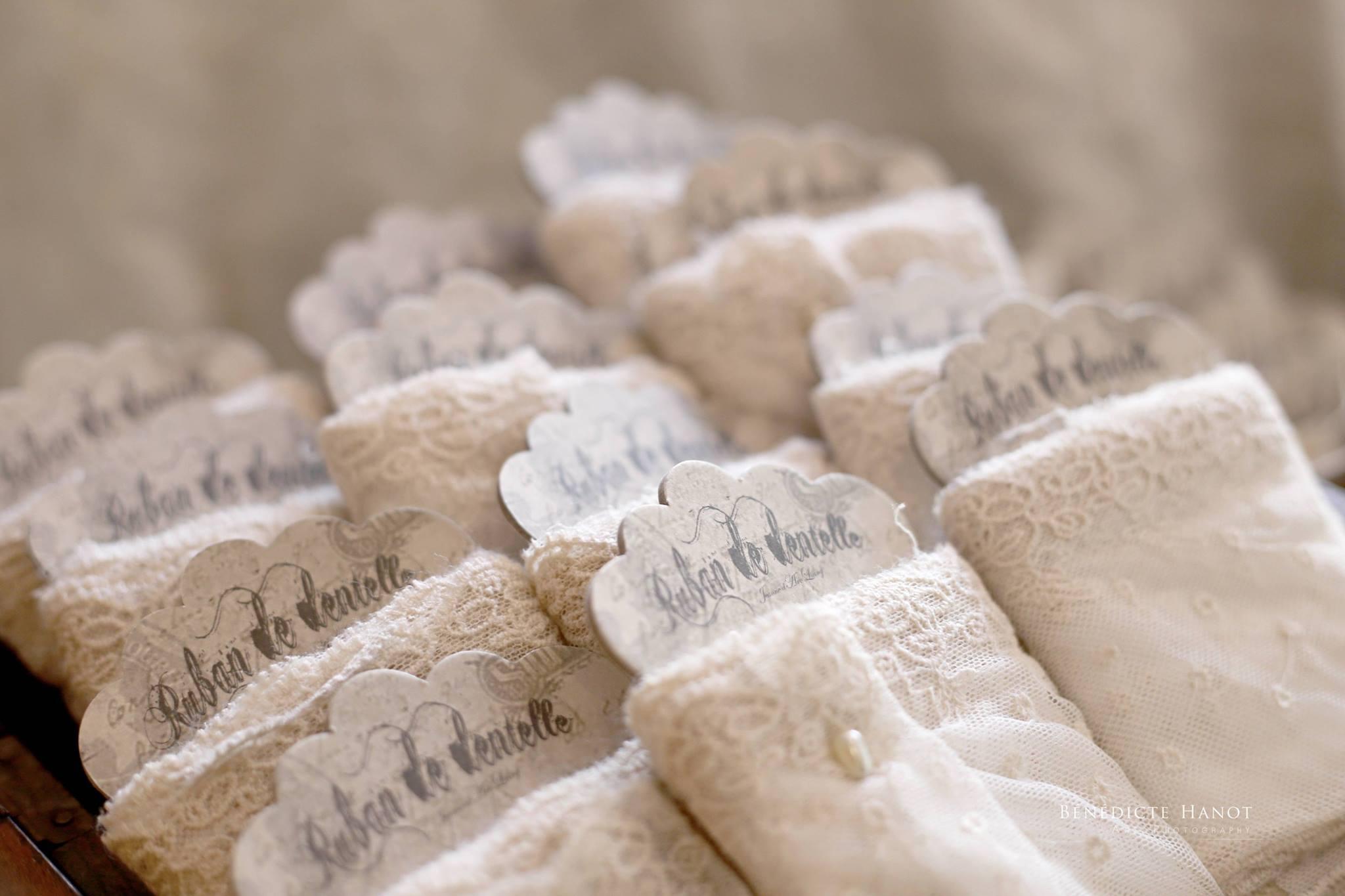 dentelle-romantique-shabby-chic-nordique-jeanne-darc-living-boutique-le-grenier-dalice-rognes