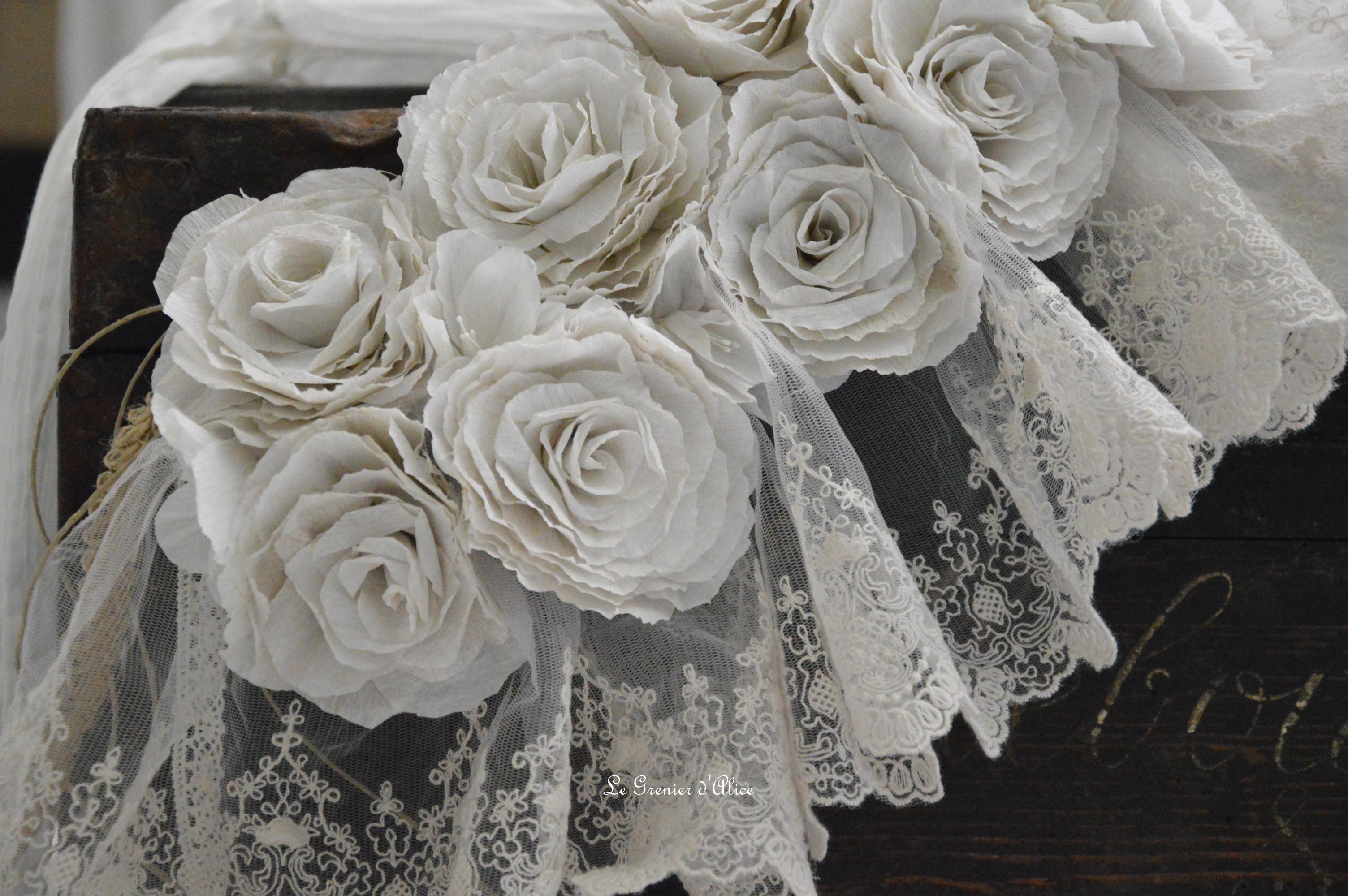 guirlande rose papier crepon rose poudr couleur lin shabby chic romantique romantic rozen. Black Bedroom Furniture Sets. Home Design Ideas