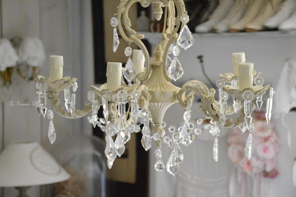 Lustre cinq branches patine lin lustre shabby chic lustre pampilles cristal lustre romantique boutique le grenier dalice 1