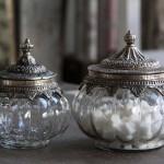 Boite N° 6 style shabby chic romantique ancien monogramme poincon verre argent nacre poudre charme exquis baroque collection de boites pilule H15