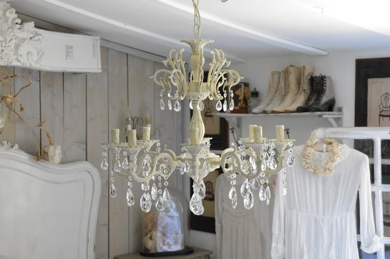 Lustre huit branches 64cm diametre hauteur 96cm six branches dispo lustre patiné pampilles cristal 1